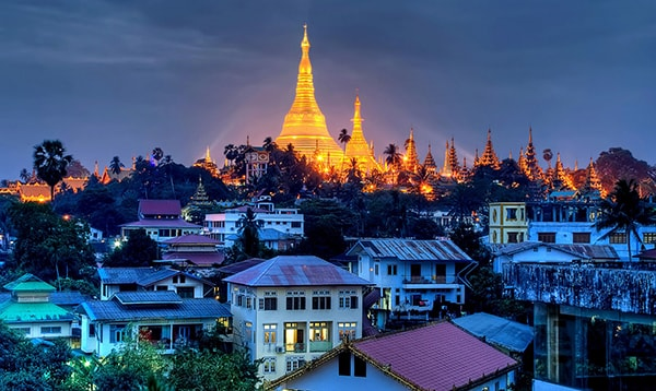 ve-may-bay-di-yangon